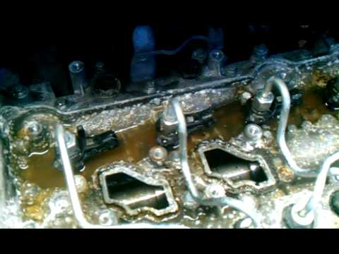 Renault Trafic / Opel Vivaro / Nissan Primastar 2.0 literes motor (M9R motorkód). A berohadás fő oka a porlasztókhoz odafolyó víz.