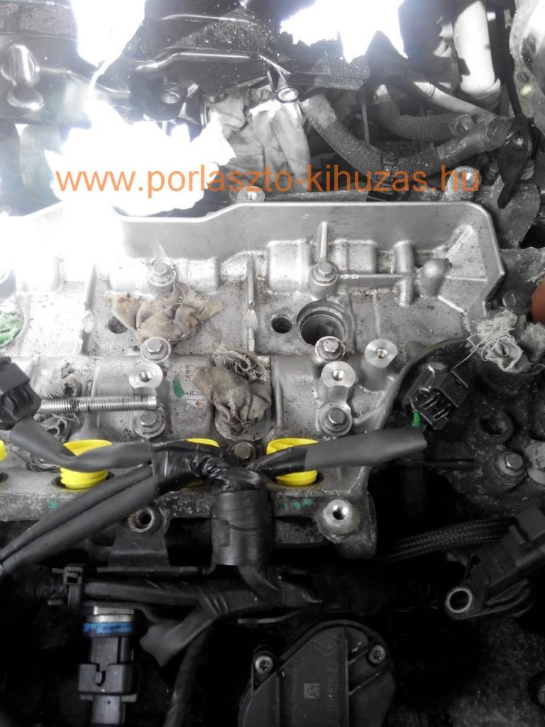 Renault Master / Vauxhall Movano / Nissan NV400 2.3-as motor. M9T motorkód. Porlasztó sikeresen kiszedve.