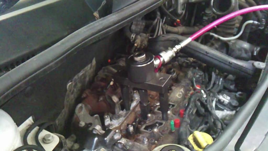Renault Trafic / Opel Vivaro / Nissan Primastar 2.0 motor (M9R motorkód)