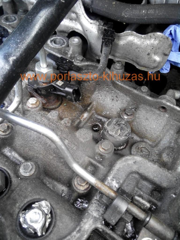 Renault Trafic / Opel Vivaro / Nissan Primastar 2.0 literes motor (M9R motorkód) Csúnyán beletörték a porlasztót és rá is hegesztettek valamit.