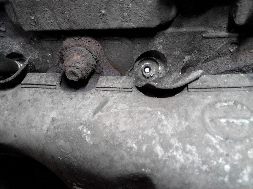Opel Agila 1.3 multijet motor (Fiat motor egyébként) Beletört izzítógyertya kiszedése, kifúrása.