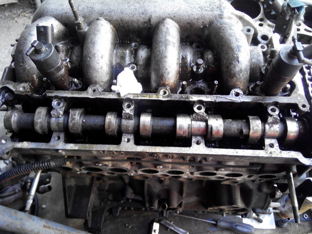 Peugeot 807 / Citroen C8 / Fiat Ulysse / Lancia Phedra 2.0 HDi 16V és 2.2 HDi 16V motorból injektor kifúrás